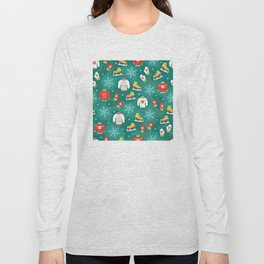 Christmas Sweaters, Ice Skates and Mittens Pattern Long Sleeve T-shirt