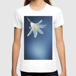 flower lilium 4 T-shirt