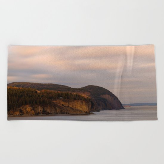 Alma Wonderland Coast Beach Towel