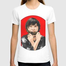 Cute girl in Kimono T-shirt
