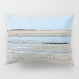 A flock of seagulls in the bay Pillow Sham
