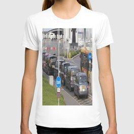 London Taxis Heathrow Airport T-shirt