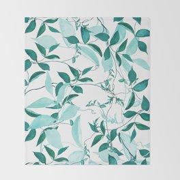 fresh green leaf pattern Throw Blanket