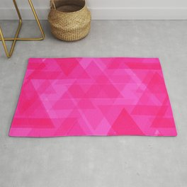 Bright pink triangles in intersection and overlay. Rug