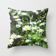 Oh Daisys Throw Pillow