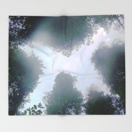 Spirit trees Throw Blanket