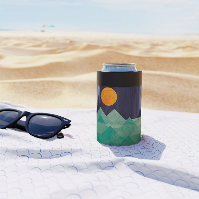 The ocean, the sea, the wave - night scene Can Cooler