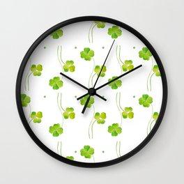 green clover leaf pattern watercolor Wall Clock