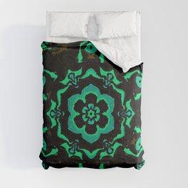 Tile Pattern / GFTTile141 Comforters