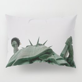 A Lady in green - NYC Pillow Sham