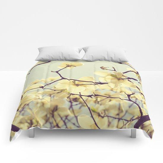 Magnolia Dream Comforters