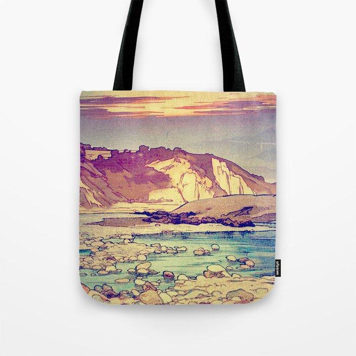 Sunset at Yuke Tote Bag