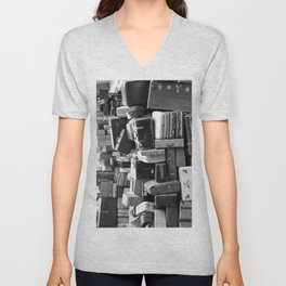 TOWER OF LUGGAGE in Black & White Unisex V-Neck