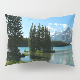 Island In the Lake Pillow Sham