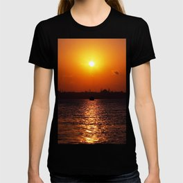 sunset in Istanbul T-shirt