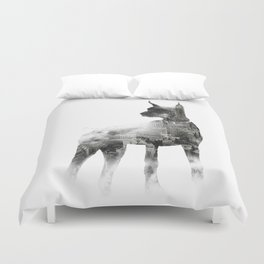 Doberman Pinscher NYC Skyline Duvet Cover