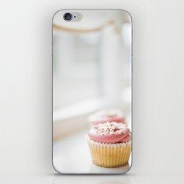 cupcake... iPhone Skin