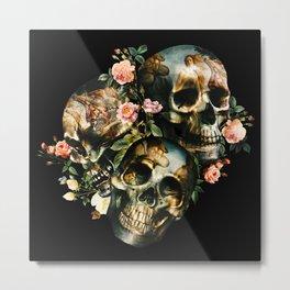 Skull & Venus Metal Print