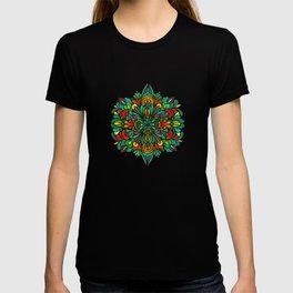 Green red orange pattern T-shirt