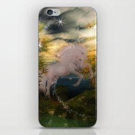 Einhorn im Wald iPhone Skin