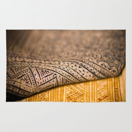 Magic Carpet Beautiful Embroidered East Asian Pattern Tapestry Rug