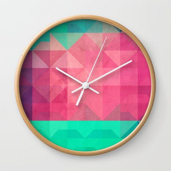 xonyx Wall Clock