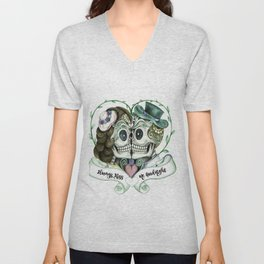 Skull Couple Always Kiss Me Goodnight Unisex V-Neck
