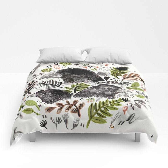 DARWIN FINCHES Comforters