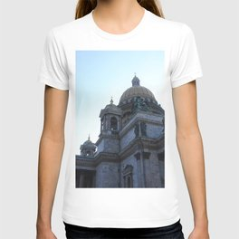 The architecture of St. Isaac's Cathedral. T-shirt