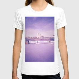 Purple winter city T-shirt