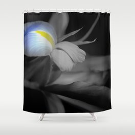 Black and White Iris Shower Curtain