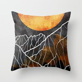 The great gold sun Throw Pillow
