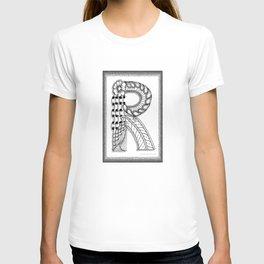 Zentangle R Monogram Alphabet Illustration T-shirt