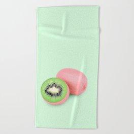 PINKIWI Beach Towel