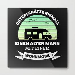 Alter Mann mit Wohmobil Geschenk Metal Print