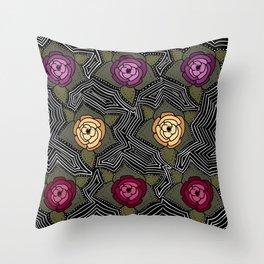 las flores Throw Pillow