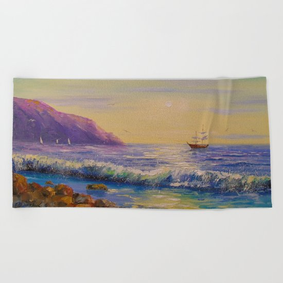 To his native shores Beach Towel