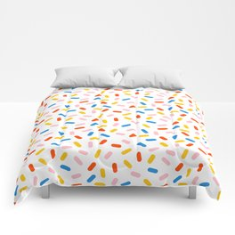 Livin' It - abstract pattern minimal modern primary colors pantone gender neutral retro throwback Comforters