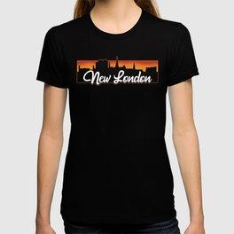 Vintage New London Connecticut Sunset Skyline T-Shirt T-shirt