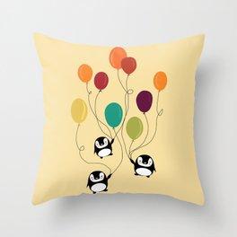 Pinguins Throw Pillow
