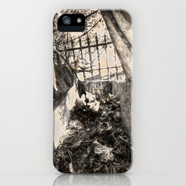 A look inside the Stone Coffin iPhone Case