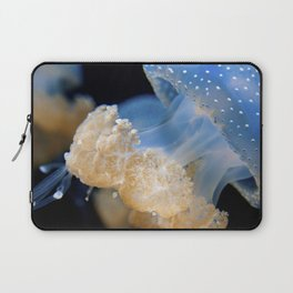 Underwater Macrophotography - Jellyfish Laptop Sleeve