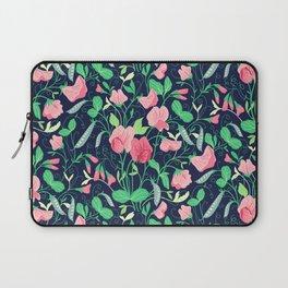 Pretty floral pattern. Sweet Pea. Laptop Sleeve