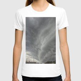 Cloud Wall Turning T-shirt