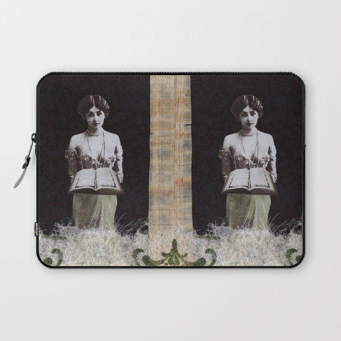 The High Priestess #2 Laptop Sleeve