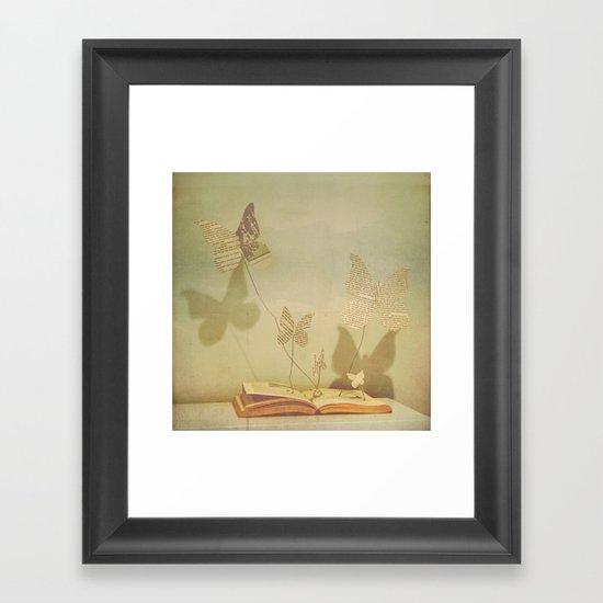 paper wings Framed Art Print