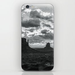 Southwest Wanderlust - Monument Valley Sunrise Black and White iPhone Skin
