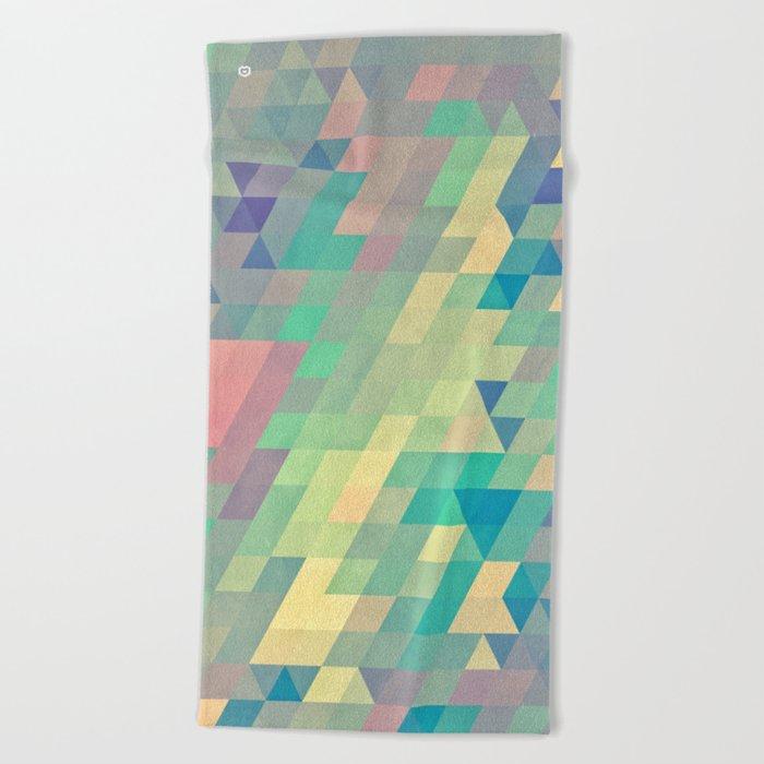 pystyl xpyss Beach Towel