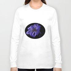 A luminescent flower Long Sleeve T-shirt