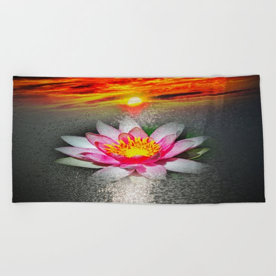 Wellness Water Lily 5 Beach Towel